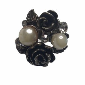 Vintage Ring Roses Pearls Clear Stones Adjustable